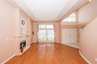 Photo 2: 7836 156A Street in Surrey: Fleetwood Tynehead House for sale : MLS®# R2437169
