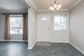 Photo 4: 1560 Mill Woods Road E in Edmonton: Zone 29 Townhouse for sale : MLS®# E4192657