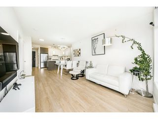 """Photo 6: 2601 3080 LINCOLN Avenue in Coquitlam: North Coquitlam Condo for sale in """"1123 WESTWOOD"""" : MLS®# R2463798"""