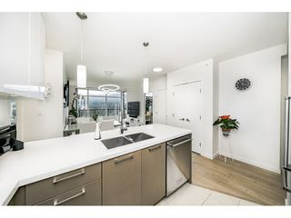 """Photo 12: 2601 3080 LINCOLN Avenue in Coquitlam: North Coquitlam Condo for sale in """"1123 WESTWOOD"""" : MLS®# R2463798"""