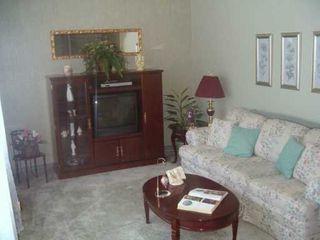Photo 4: 65 PIKE Crescent in Winnipeg: East Kildonan Single Family Attached for sale (North East Winnipeg)  : MLS®# 2703972