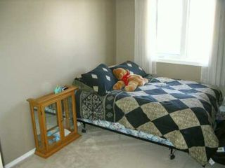 Photo 5: 38 PAISLEY Place in Winnipeg: St James Single Family Detached for sale (West Winnipeg)  : MLS®# 2604778