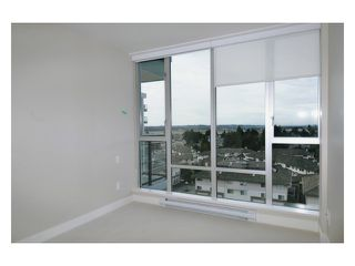 "Photo 7: # 303 12069 HARRIS RD in Pitt Meadows: Central Meadows Condo for sale in ""SOLARIS AT MEADOWS GATE"" : MLS®# V876267"