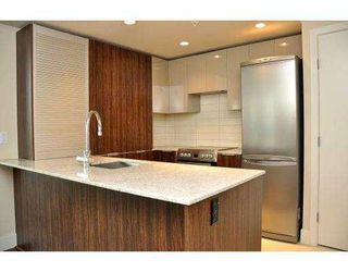 """Photo 7: # 906 1088 RICHARDS ST in Vancouver: Yaletown Condo for sale in """"RICHARDS"""" (Vancouver West)  : MLS®# V917039"""