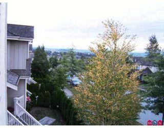 Photo 5: 14 14877 58th Avenue in Surrey: Condo for sale : MLS®# F2722914