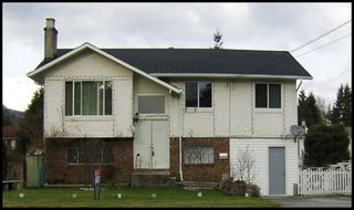 Photo 1: 32053 SANDPIPER Drive in Mission: Mission BC House for sale : MLS®# F2800466
