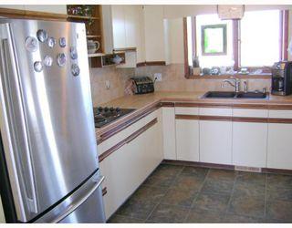 Photo 3: 29077 PARK Road in BIRDSHILL: Anola / Dugald / Hazelridge / Oakbank / Vivian Residential for sale (Winnipeg area)  : MLS®# 2803513