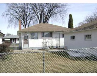 Photo 3: 540 SYDNEY Avenue in WINNIPEG: East Kildonan Residential for sale (North East Winnipeg)  : MLS®# 2805398