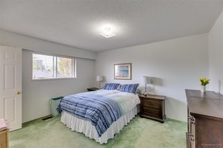 Photo 9: 1735 CRESTLAWN Court in Burnaby: Brentwood Park House for sale (Burnaby North)  : MLS®# R2390296