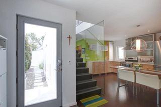 Photo 3: 9824 87 Avenue in Edmonton: Zone 15 House for sale : MLS®# E4166401