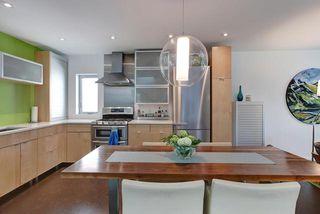 Photo 7: 9824 87 Avenue in Edmonton: Zone 15 House for sale : MLS®# E4166401