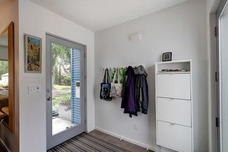 Photo 2: 9824 87 Avenue in Edmonton: Zone 15 House for sale : MLS®# E4166401