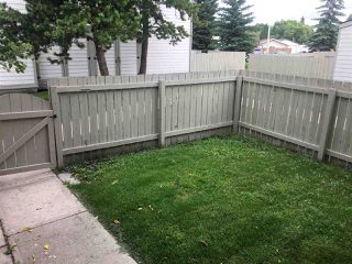 Photo 3: 1178 KNOTTWOOD Road E in Edmonton: Zone 29 Townhouse for sale : MLS®# E4167139