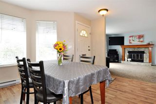 Photo 5: 2965 FLEMING Avenue in Coquitlam: Meadow Brook House for sale : MLS®# R2394574