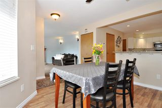 Photo 6: 2965 FLEMING Avenue in Coquitlam: Meadow Brook House for sale : MLS®# R2394574
