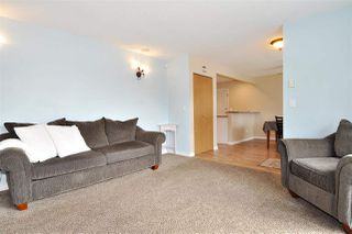 Photo 4: 2965 FLEMING Avenue in Coquitlam: Meadow Brook House for sale : MLS®# R2394574