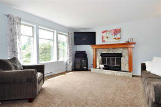 Photo 2: 2965 FLEMING Avenue in Coquitlam: Meadow Brook House for sale : MLS®# R2394574