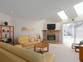 "Photo 10: 5328 GALLEON Place in Delta: Neilsen Grove House for sale in ""MARINA GARDEN ESTATE"" (Ladner)  : MLS®# R2400313"