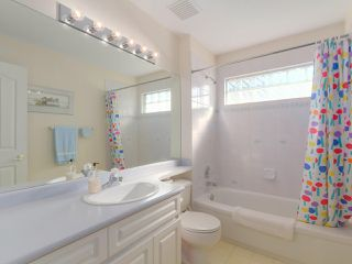 "Photo 18: 5328 GALLEON Place in Delta: Neilsen Grove House for sale in ""MARINA GARDEN ESTATE"" (Ladner)  : MLS®# R2400313"