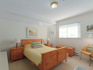 "Photo 16: 5328 GALLEON Place in Delta: Neilsen Grove House for sale in ""MARINA GARDEN ESTATE"" (Ladner)  : MLS®# R2400313"