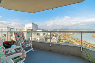 """Photo 11: 1702 69 JAMIESON Court in New Westminster: Fraserview NW Condo for sale in """"PALACE QUAY"""" : MLS®# R2436874"""