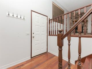 Photo 2: 232 MAUNSELL Close NE in Calgary: Mayland Heights Semi Detached for sale : MLS®# C4302894