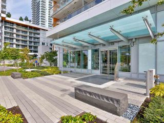 Photo 4: 805 433 SW MARINE Drive in Vancouver: Marpole Condo for sale (Vancouver West)  : MLS®# R2476382