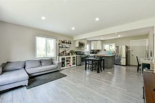 Photo 3: 1304 EIGHTH Avenue in New Westminster: West End NW House for sale : MLS®# R2476791