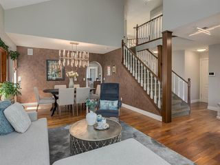 Photo 7: 16 RIVERVIEW Gardens SE in Calgary: Riverbend Detached for sale : MLS®# A1020515
