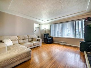 Photo 4: 6615 KNIGHT Street in Vancouver: South Vancouver House for sale (Vancouver East)  : MLS®# R2510734