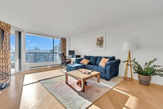 Photo 9: 904 1450 PENNYFARTHING Drive in Vancouver: False Creek Condo for sale (Vancouver West)  : MLS®# R2515102
