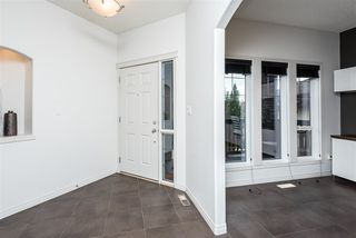 Photo 3: 1611 MALONE Way in Edmonton: Zone 14 House for sale : MLS®# E4220344