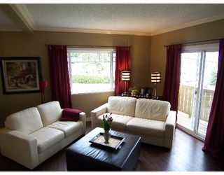 Photo 4: 2040 LANGAN Ave in Port Coquitlam: Mary Hill House for sale : MLS®# V640524