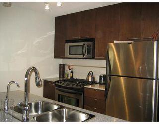 """Photo 2: 1002 5811 NO 3 Road in Richmond: Brighouse Condo for sale in """"AQUA"""" : MLS®# V708597"""