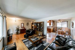 Photo 5: 3008 105 Avenue in Edmonton: Zone 23 House for sale : MLS®# E4169414