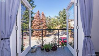 Photo 5:  in VICTORIA: La Langford Proper Row/Townhouse for sale (Langford)  : MLS®# 415474