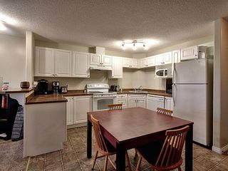 Photo 6: 1321 9363 Simpson Drive in Edmonton: Zone 14 Condo for sale : MLS®# E4184610