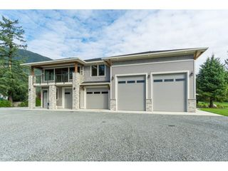 Photo 35: 8953 EAGLE Road in Mission: Dewdney Deroche House for sale : MLS®# R2433525
