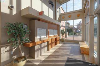 Photo 5: 302 662 Goldstream Ave in VICTORIA: La Fairway Condo for sale (Langford)  : MLS®# 834049