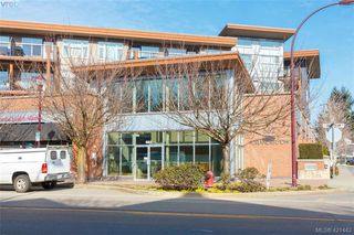 Photo 3: 302 662 Goldstream Avenue in VICTORIA: La Fairway Condo Apartment for sale (Langford)  : MLS®# 421442