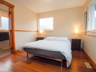 "Photo 10: 1005 PANORAMA Place in Squamish: Hospital Hill House for sale in ""Hospital Hill"" : MLS®# R2442448"