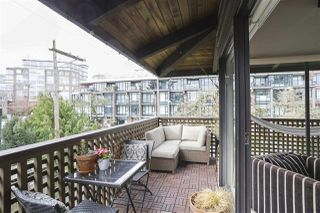 "Photo 12: 304 330 E 7TH Avenue in Vancouver: Mount Pleasant VE Condo for sale in ""Landmark Belevedere"" (Vancouver East)  : MLS®# R2446151"