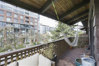 "Photo 13: 304 330 E 7TH Avenue in Vancouver: Mount Pleasant VE Condo for sale in ""Landmark Belevedere"" (Vancouver East)  : MLS®# R2446151"