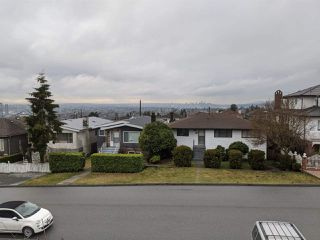 Photo 14: 38 GROSVENOR AVENUE in Burnaby: Capitol Hill BN House for sale (Burnaby North)  : MLS®# R2441232