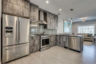 Photo 4: 4029 79 Street NW in Calgary: Bowness Semi Detached for sale : MLS®# C4300255
