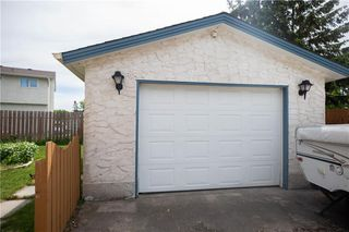 Photo 22: 22 Brendalee Bay in Winnipeg: St Charles Residential for sale (5G)  : MLS®# 202013623