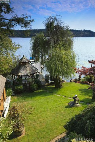 Photo 3: 4919 Prospect Lake Rd in Victoria: SW Prospect Lake House for sale (Saanich West)  : MLS®# 342584