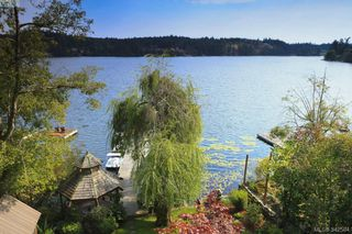 Photo 2: 4919 Prospect Lake Rd in Victoria: SW Prospect Lake House for sale (Saanich West)  : MLS®# 342584