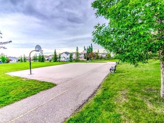 Photo 17: 15758 EVERSTONE Road SW in Calgary: Evergreen Detached for sale : MLS®# C4303466