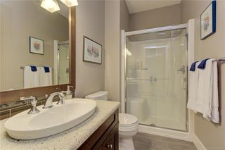 Photo 11: 512 Longspoon Bay, in Vernon: House for sale : MLS®# 10213531